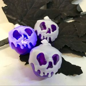 Disney Holiday - SOLD Disney Evil Queen Poison Apple Light Up Cubes